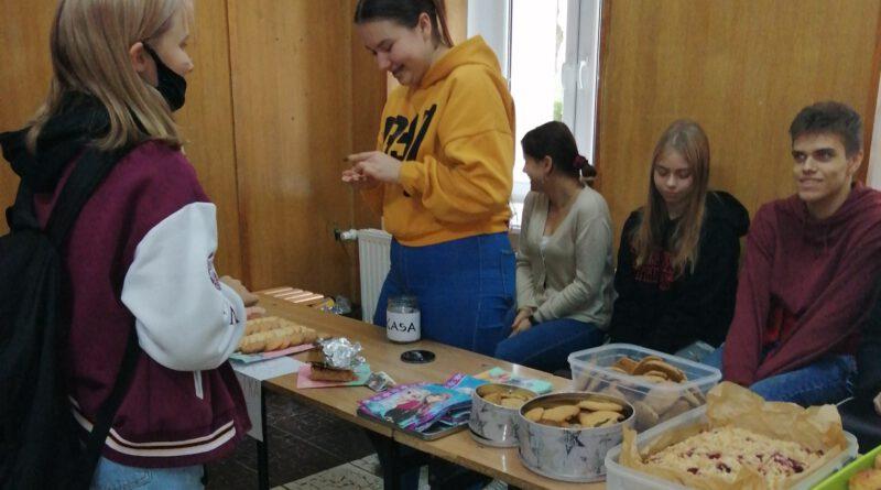 Wolontariusze dla Domu Dziecka
